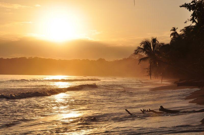 Sonnenaufgang in Costa Rica