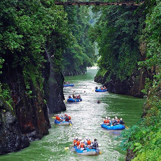 Wilde Wasser Costa Rica
