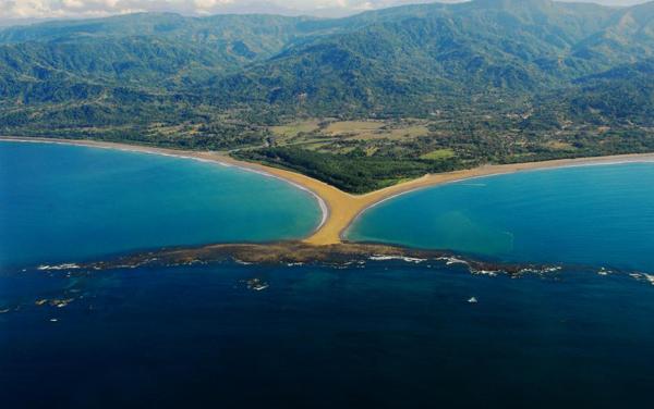 Playa Ballena | Foto: Nature Air