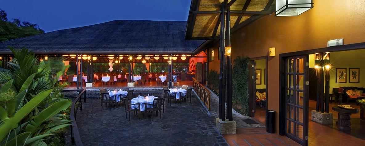 Aussen- und Restaurantbereich |Foto: Hotel Nayara Spa & Gardens